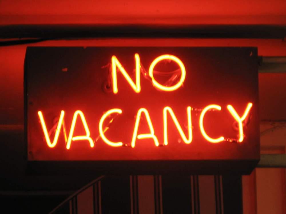 no-vacancy-sign.thumb.jpg.4de00369ea8834c7d09e5558f8b793b3.jpg